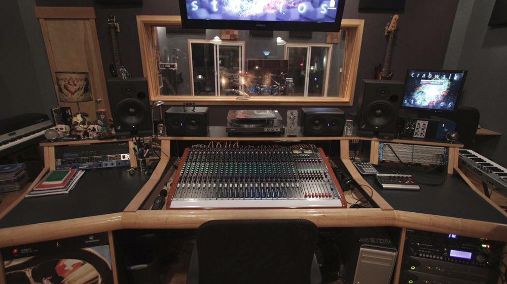 Crabwalk Studios: 13807 E 20th Ave, Spokane, WA