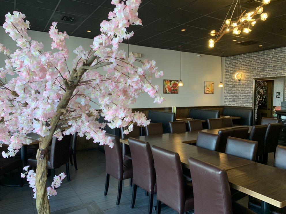 Sake Asian Fusion: 461 Western Blvd, Jacksonville, NC