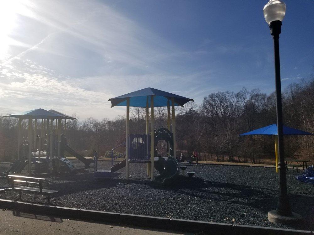 Jack Warren Park: 440 Lewisville Clemmons Rd, Lewisville, NC