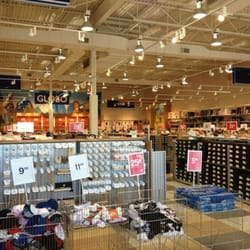 Photo of Globo Family Shoe Store - Ottawa, ON, Canada. Grand shopping floor