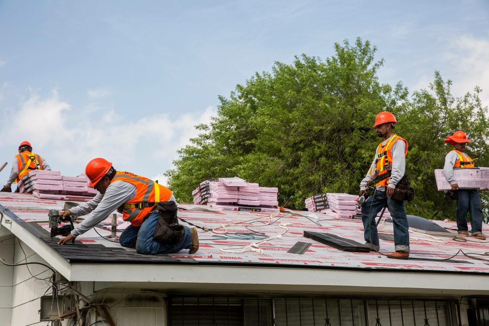 Total Roofing & Construction Services: 833 E 158th St, Dolton, IL