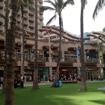 Photo Of Waikiki Beach Walk Honolulu Hi United States Gr Looks Inviting