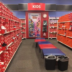 48952c28d4262b Shoe Carnival - 10 Reviews - Shoe Stores - 11007 E 71st St