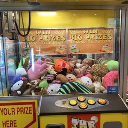 Cheap Photo Of West Valley Mall Tracy Ca United States Biggest Claw Machine  With Furniture Store In Tracy Ca