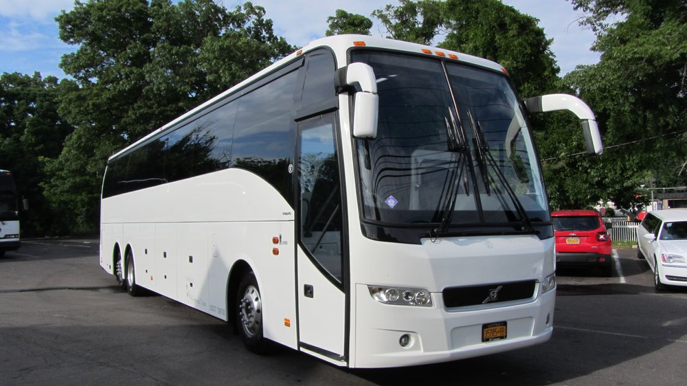 New Volvo 9700 Coach Bus 56 Passenger With Wifi Outlets And