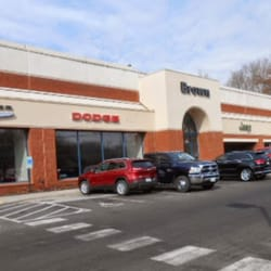 Brown Chrysler Jeep And Dodge Car Dealers Hilton Heights - Chrysler jeep and dodge