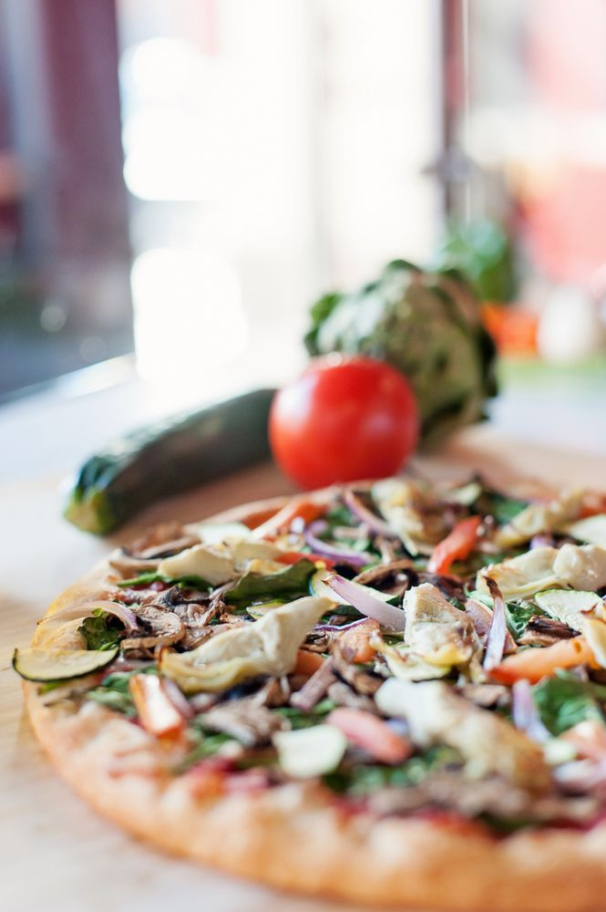Rovente Pizzeria - Tigard: 13727 SW Pacific Hwy, Tigard, OR