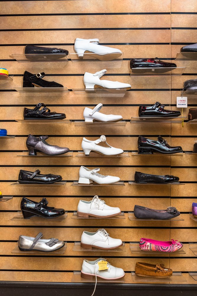 Flocco's Shoes Clothes & Formal Wear
