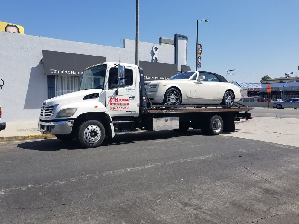 Towing business in San Diego, CA