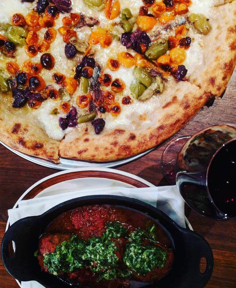 California Pizza Kitchen Glendale: Photos For Hail Mary Pizza