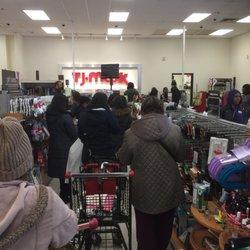 Tj Maxx 11 Reviews Department Stores 961 E 174th St Claremont