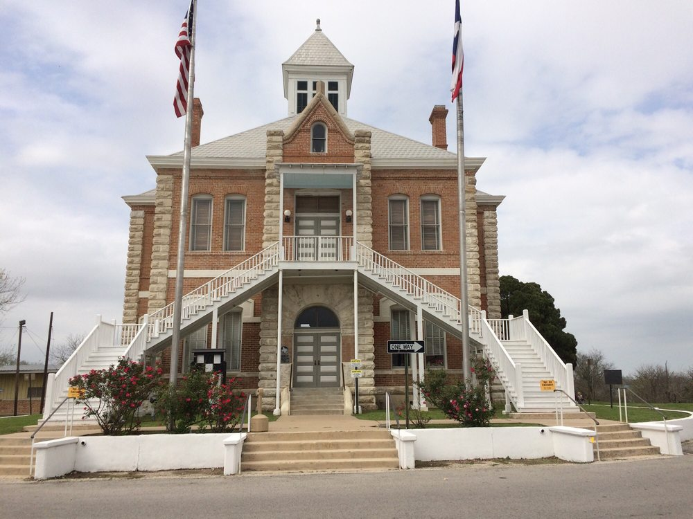 Photo of Grimes County Courthouse: Anderson, TX