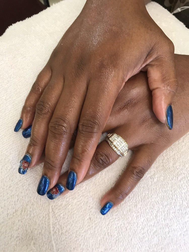 Happy Nails: 107 E Jefferson St, Marion, AL
