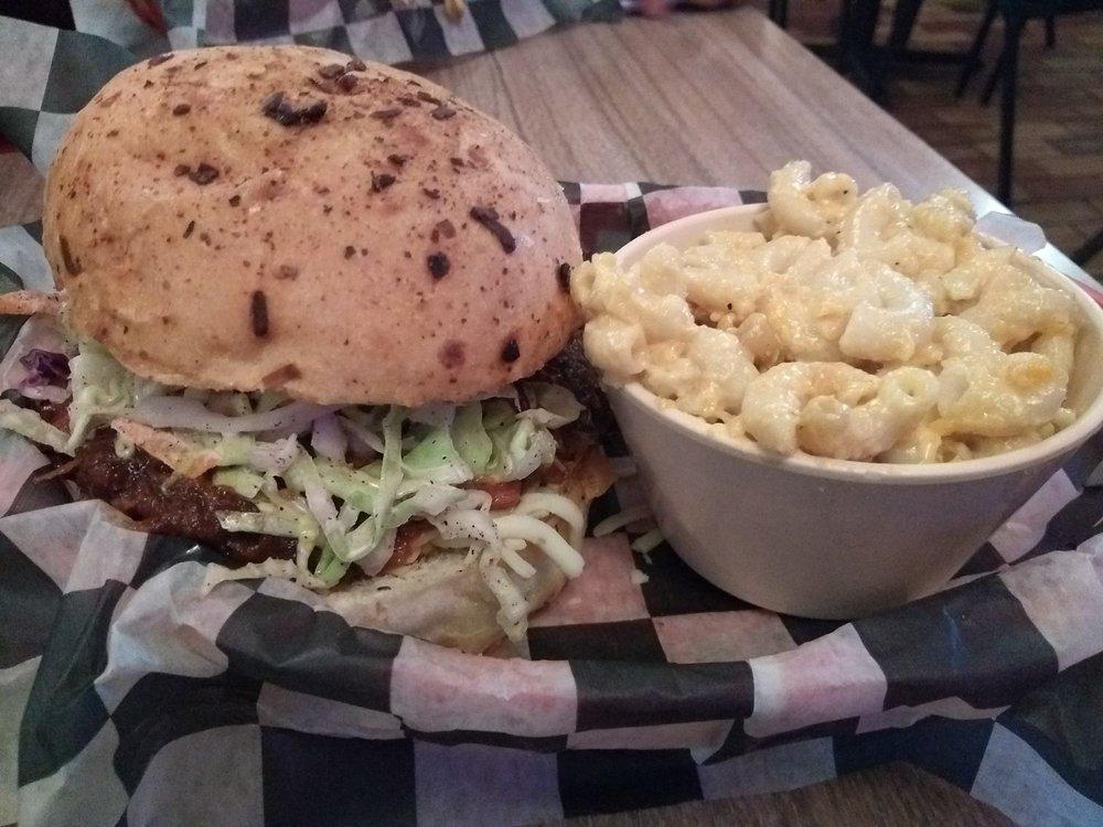 East Gate Barbecue: 7516 Hwy 182 E, Morgan City, LA