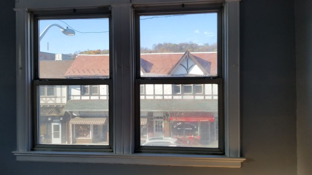 Deluxe Windows and Doors: 112 B Rt 46 E, Saddle Brook, NJ