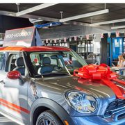 Mini Of Valencia 151 Photos 224 Reviews Car Dealers 24135
