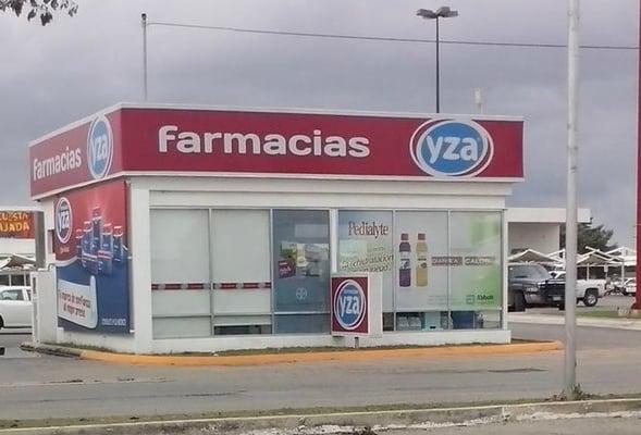 Farmacia Yza Altabrisa - Farmacia - Calle 7 451, Mérida