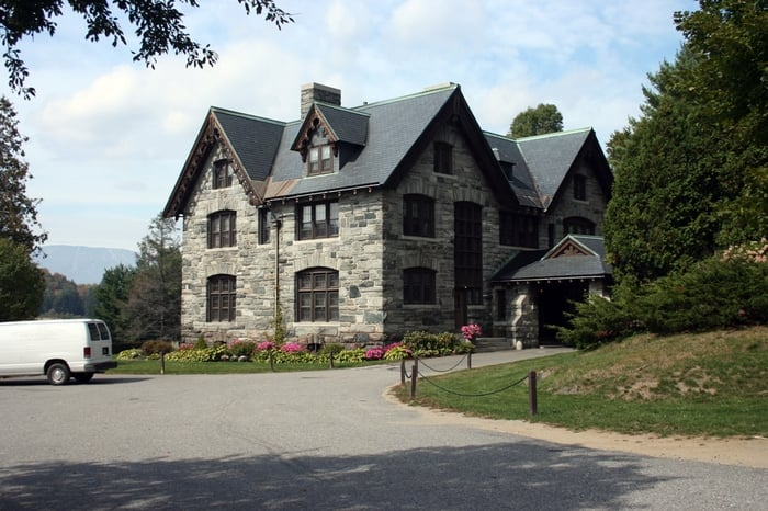 Castle Hill Spa: 17 Main, Cavendish, VT