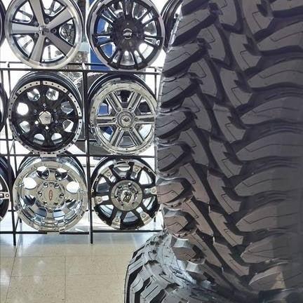 Tandem Tire & Auto Svc: 3435 Stoneman Rd, Dubuque, IA