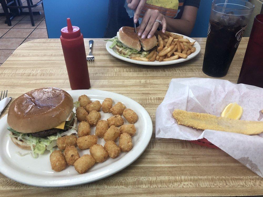 George's Restaurant: 1900 N Main St, Tahoka, TX