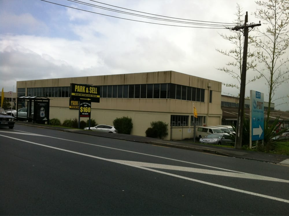 park and sell   car dealers   217 archers road auckland new zealand