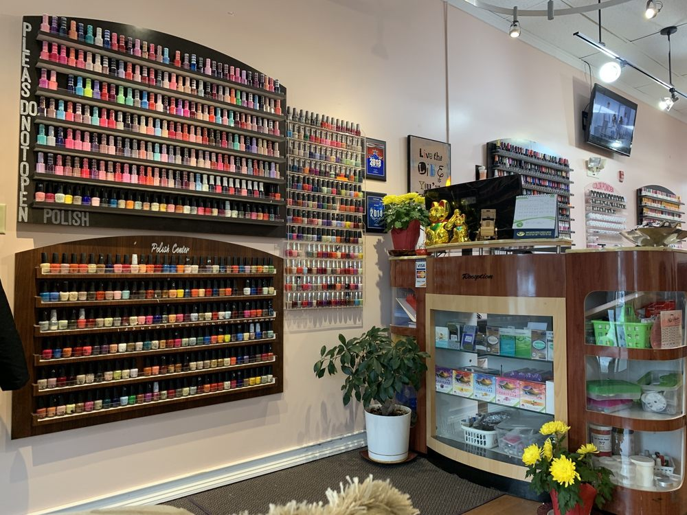 VIP Nails: 175 - 181B University Dr, Amherst, MA