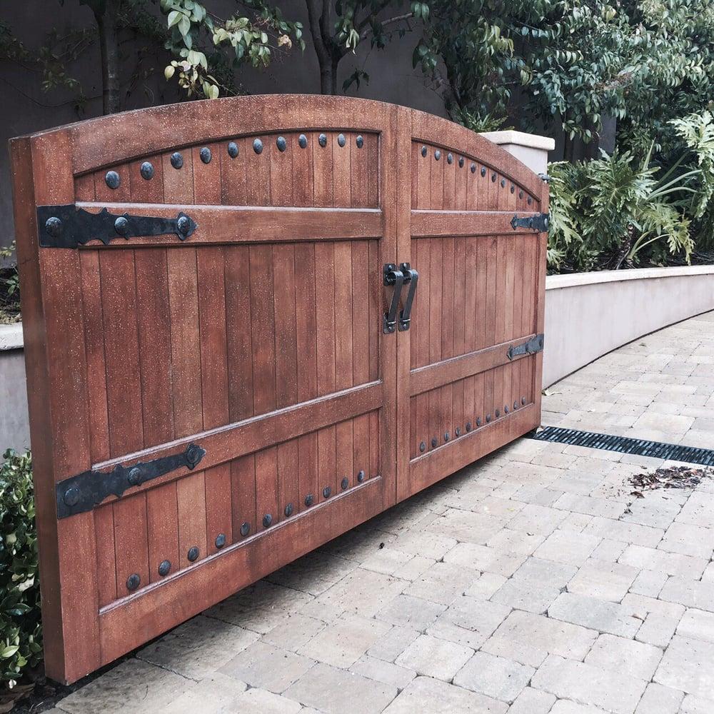Custom gate in newport coast yelp for Local garage door