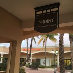 The Joint Chiropractic Chiropractors 11648 US Hwy One Palm