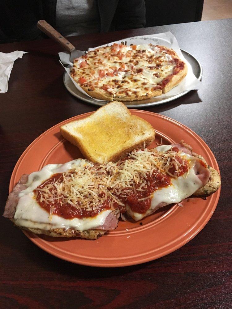 Niko's Family Restaurant: 7530 McMinnville Hwy, Morrison, TN