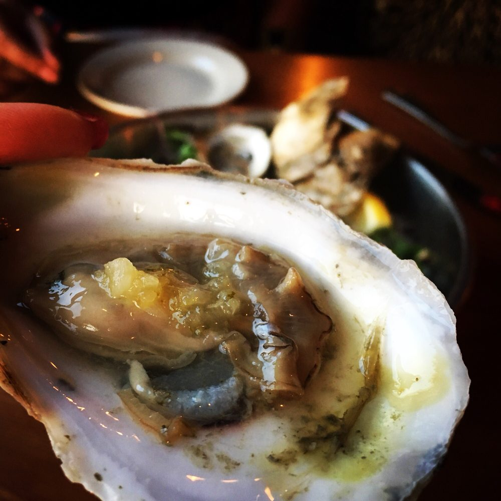 Royal River Grill House: 106 Lafayette St, Yarmouth, ME