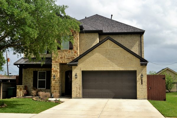 Advantage Overhead Garage Doors Garage Door Services Corpus