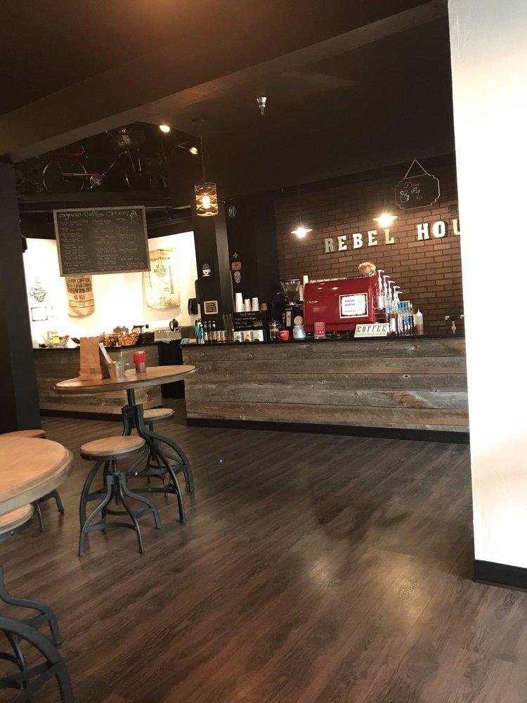 Rebel House Coffee: 4250 Cerrillos Rd, Santa Fe, NM