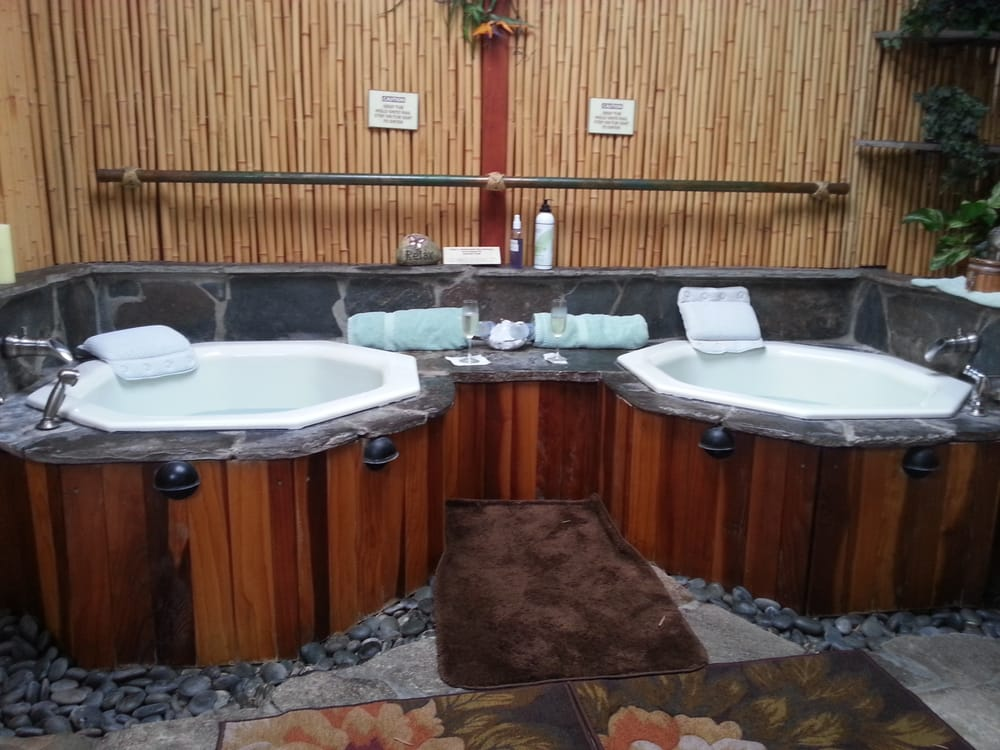 Japanese Ofuro Hot-soaking tubs for couples! With Champagne!!! - Yelp