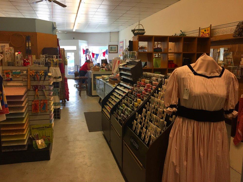 Memories & More: 121 Gordon St, Chickamauga, GA