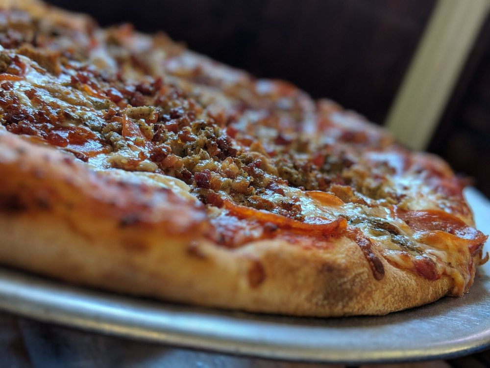 Basil's Pizza: 219 Sea Mountain Hwy, North Myrtle Beach, SC