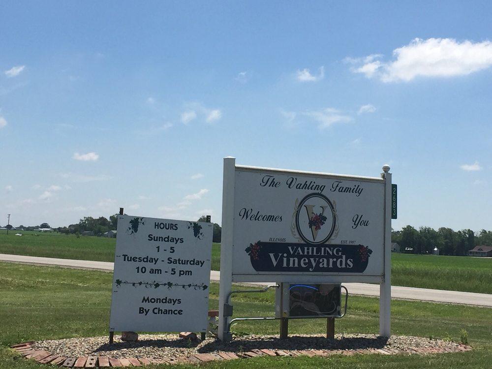 Vahling Vineyards: 2683 County Hwy 6, Stewardson, IL
