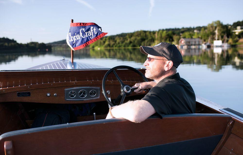 Portland Boat Tours: 6345 SW Taylors Ferry Rd, Portland, OR