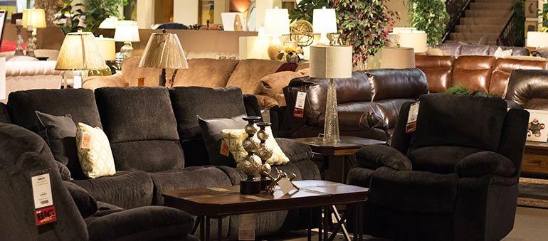 Star Furniture: 119 Outlet Dr, Whitehall, WV