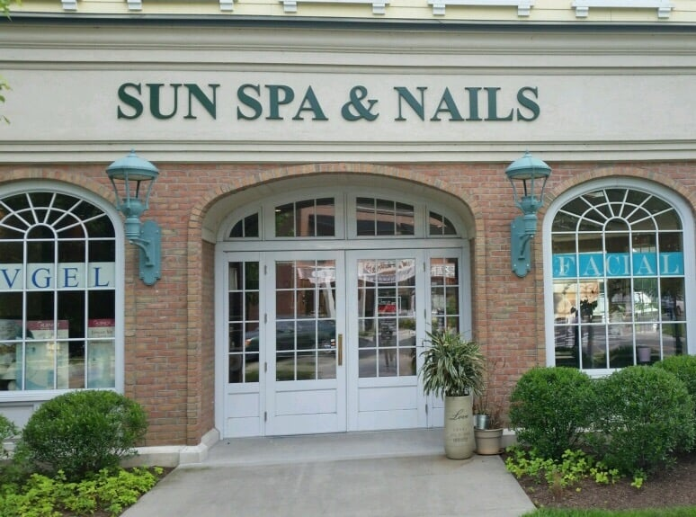 Sun Spa and Nails: 151 Old Ridgefield Rd, Wilton, CT