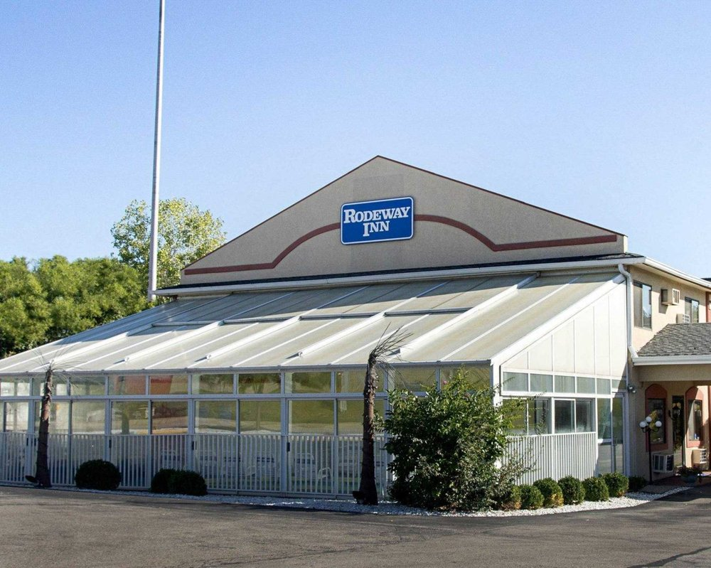 Rodeway Inn Florence - Cincinnati South: 7928 Dream St, Florence, KY