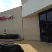 Avis Rent A Car 15 Reviews Car Rental 701 Russell Ave Ofc