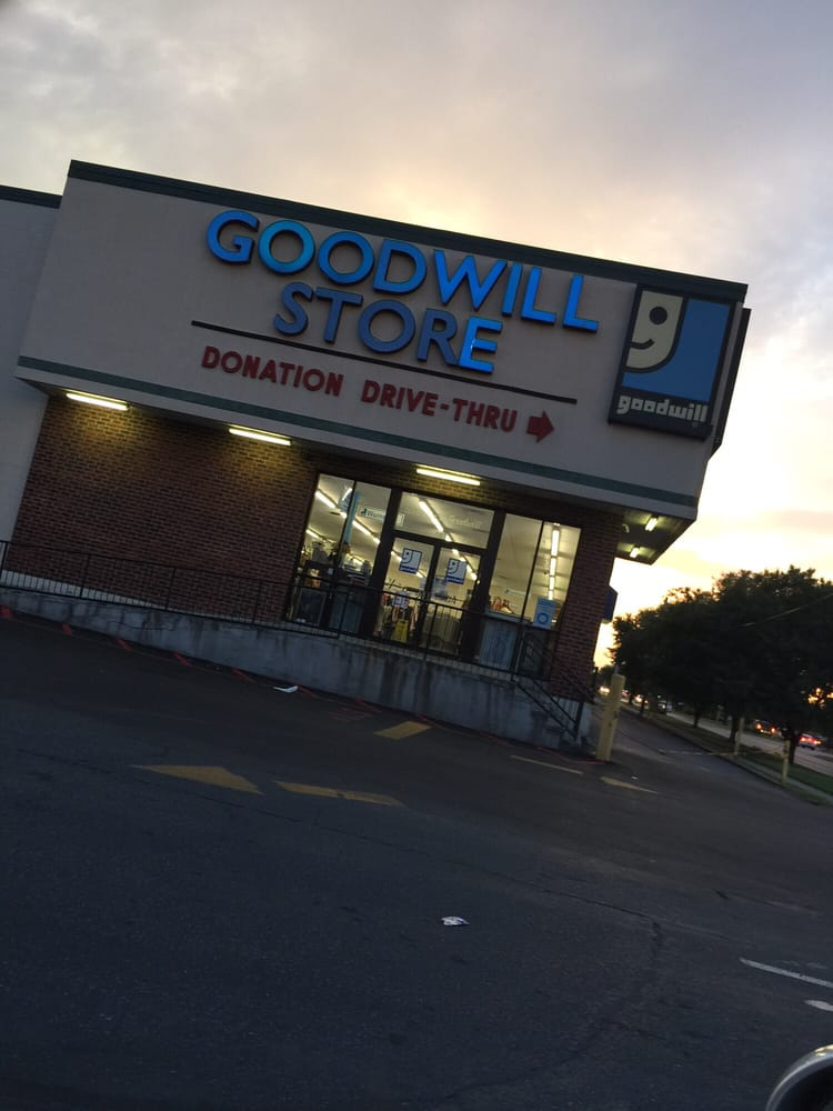 Goodwill Industries  Community Service\/NonProfit  397 W Esplanade Ave, Kenner, LA  Phone