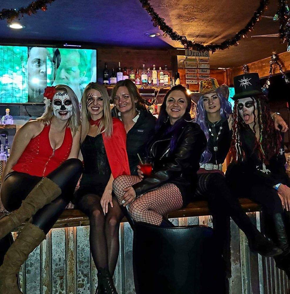 Marley'$ Bar & Casino: 205 S 1st St, Hamilton, MT