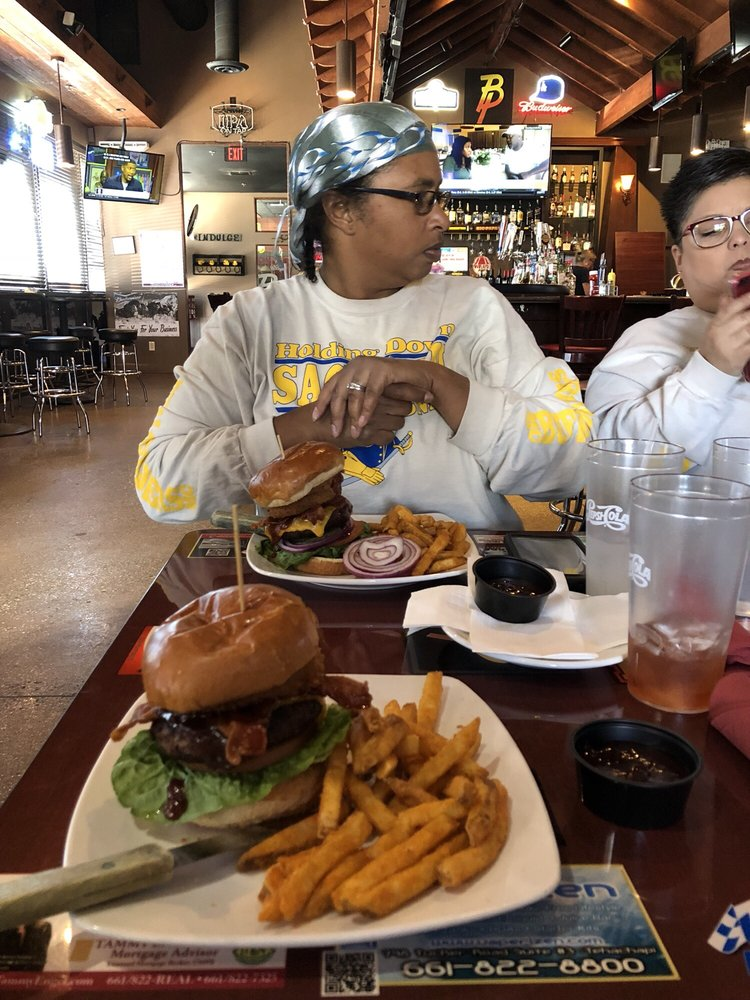 Big Papa's Steakhouse & Saloon