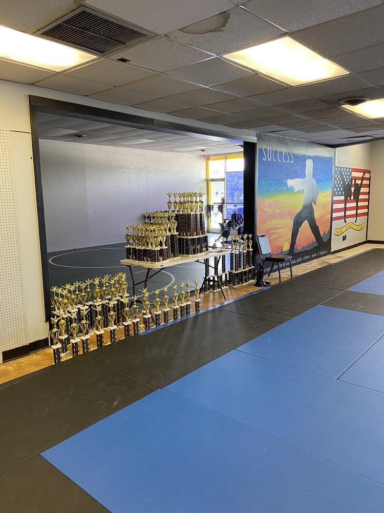 Glover's Martial Arts Academy: 144 Henderson Crossing Plz, Hendersonville, NC