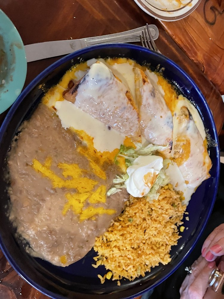 Garcia's Family Mexican Restaurant: 118 Third St, Underwood, IA