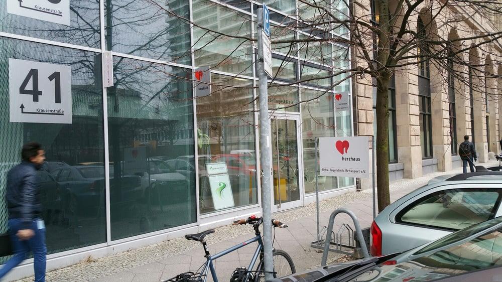 therapiezentrum physiotherapie berlin mitte geschlossen 14 fotos massage krausenstr 40. Black Bedroom Furniture Sets. Home Design Ideas