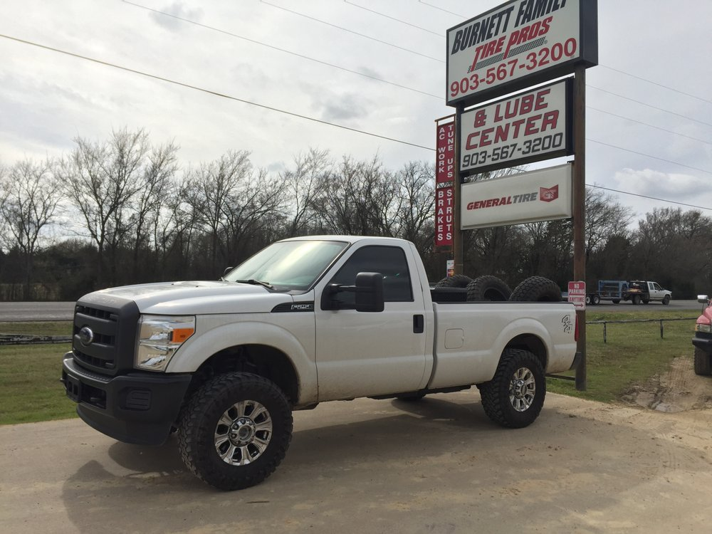 Burnett Family Tire & Auto Service: 28072 State Hwy 64, Canton, TX