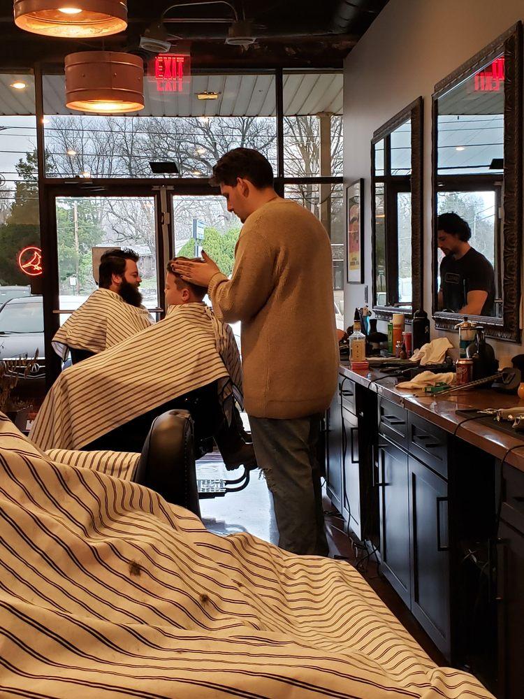 Hendersonville Barbers: 699 W Main St, Hendersonville, TN