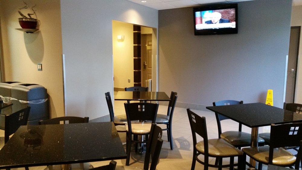 Bonita Springs Hotel & Suites